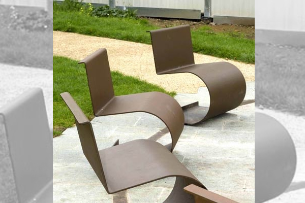 Bagdad caf chaises openspace fabricant de mobilier urbain design - Mobilier urbain design ...